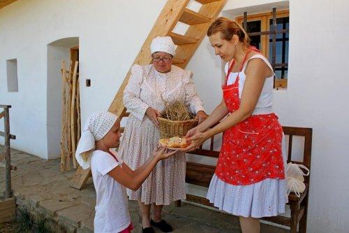 U tetičky na dědině se vaří a peče podle receptů z našich kuchařek